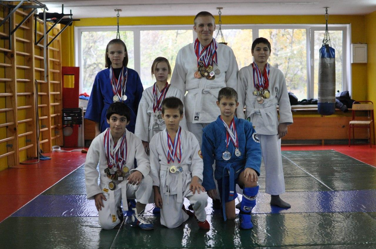 Клуб патриот рукопашный бой москва средний доход ночного клуба