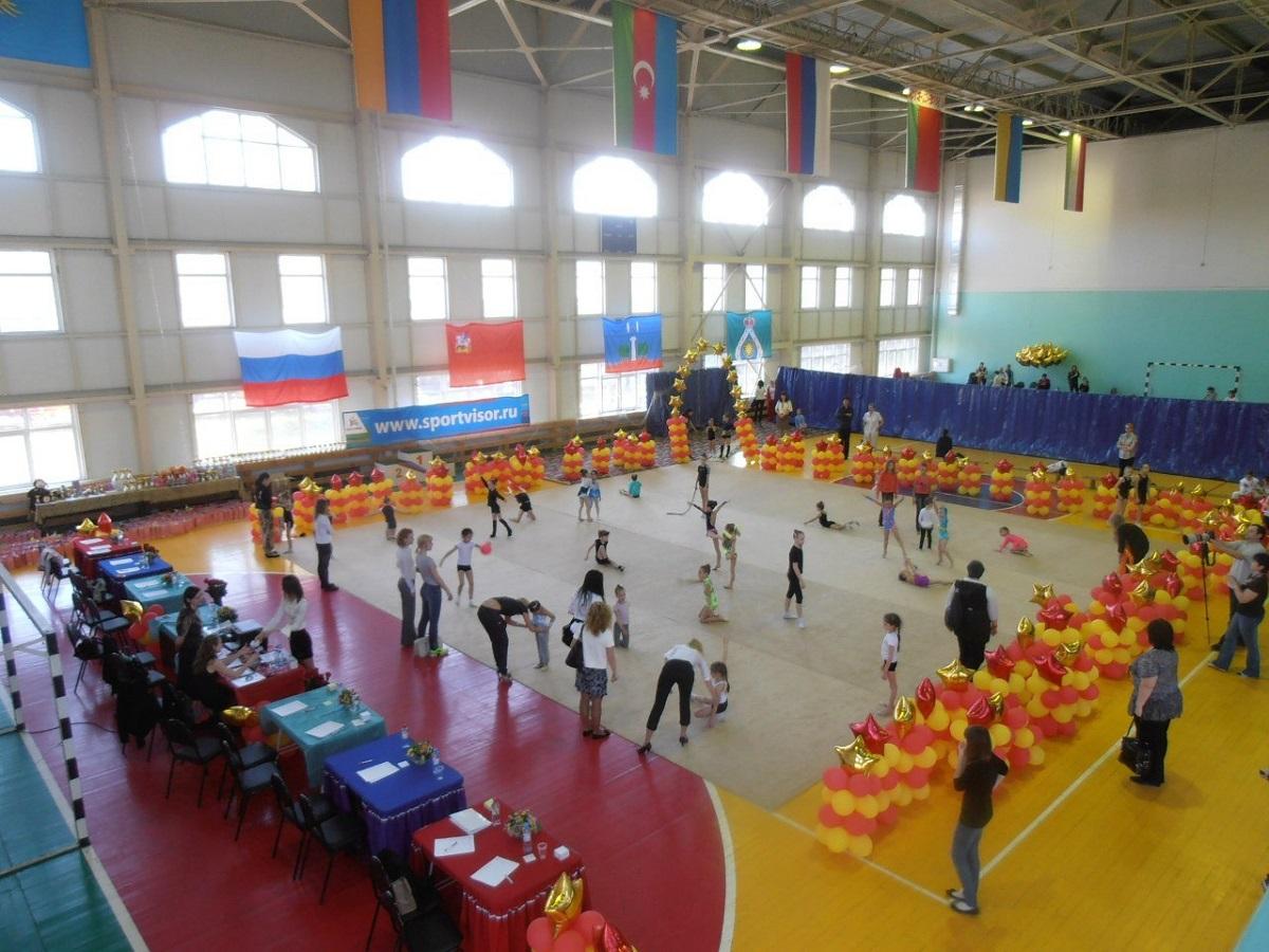 Закрытый молодежный клуб закрытый стриптиз клуб в москве